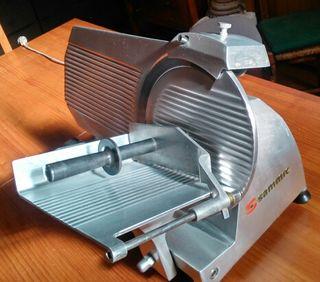 Cortadora de Fiambre GC220 Sammic. Cuchilla Ø 220 mm.