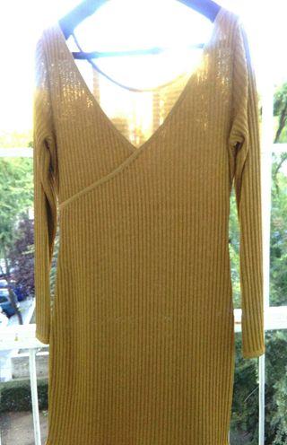 Vestido de punto dorado