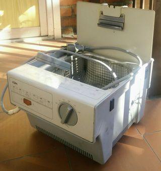 Freidora eléctrica SOLAC