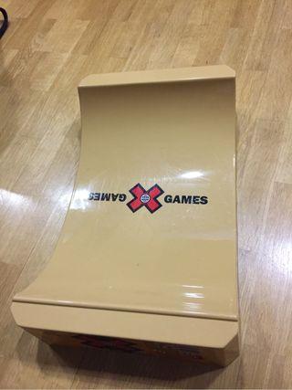 Rampa finger skate X Games