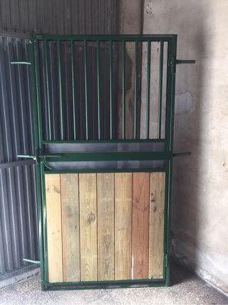Puertas de box caballos