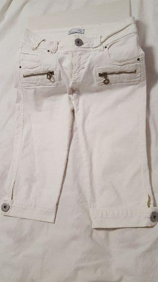 Pantalón corto TRF