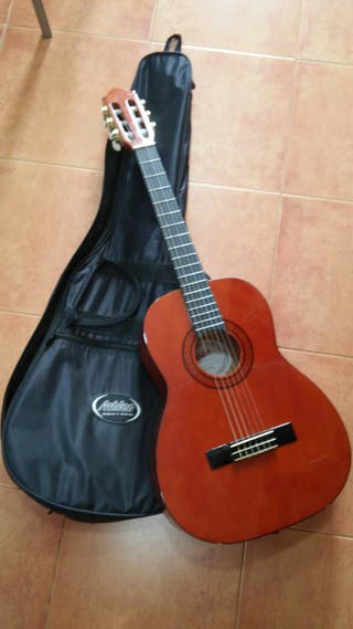 guitarra niña asta 10 años