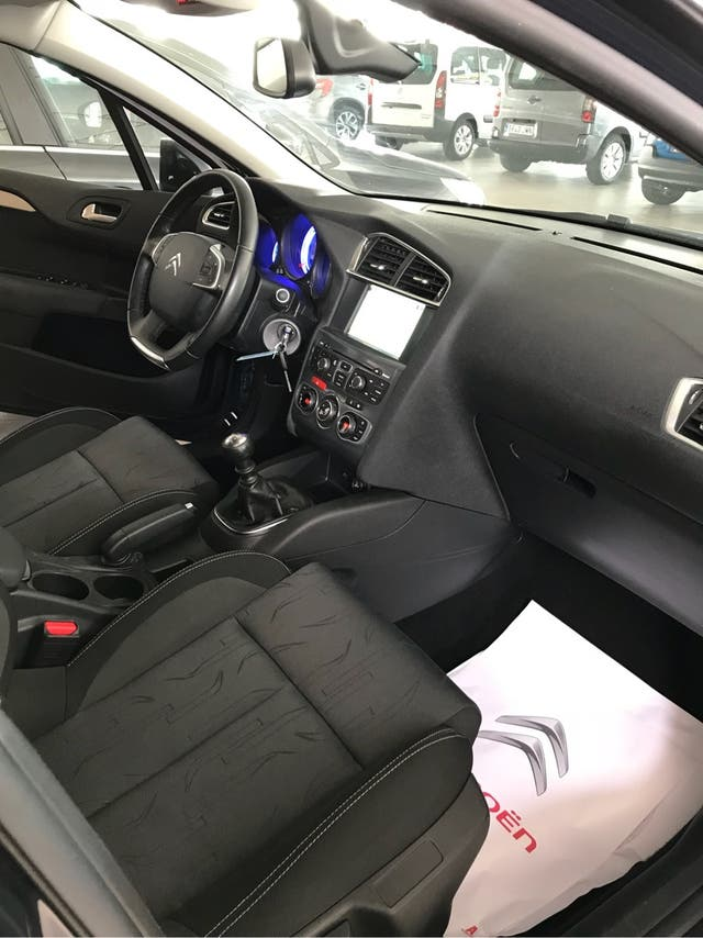 Citroen C4 2015 1.6 EHDI 115CV