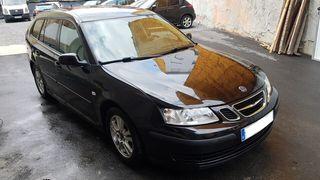 Coche ranchera Saab 93