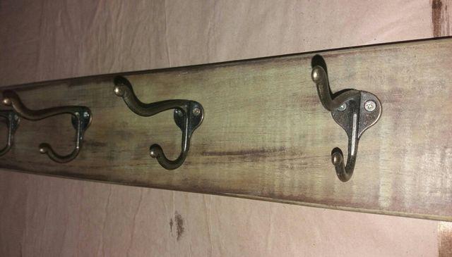 Perchero pared marrón 4 ganchos dobles vintage