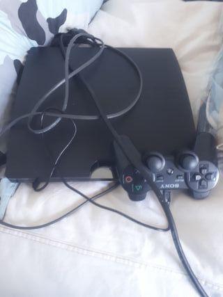 Ps3 con mandos y juegos incorporados