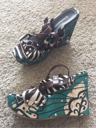 Zapatos cuña Cacharel