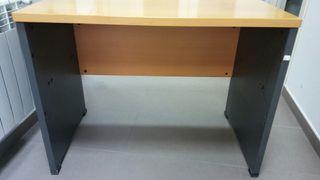 escritorio y cajonera