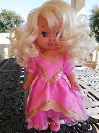 Antigua muñeca Lil joyas magicas de Mattel
