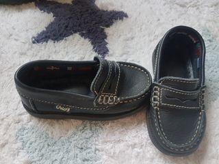 Zapatos Crios numero 22
