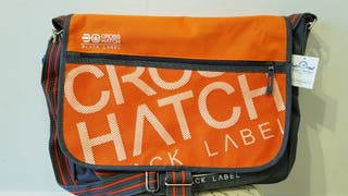 Maletín Crosshatch naranja bandolera