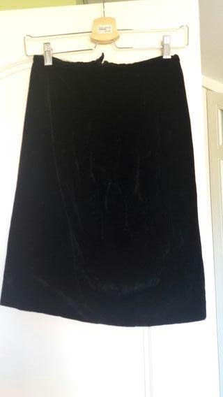 Falda negra terciopelo