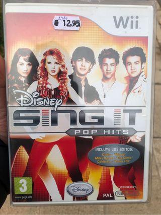 Juego sing it Disney y 2 micros wii