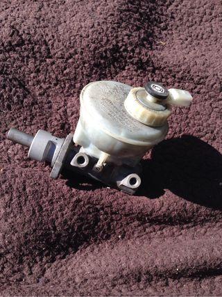 Bomba freno Golf 3