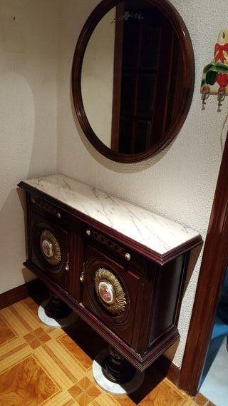Mueble entrada con espejo. Encimera marmol. Baja p