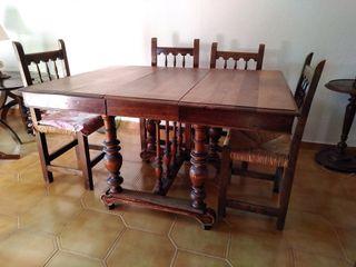 Mesa antigua de roble