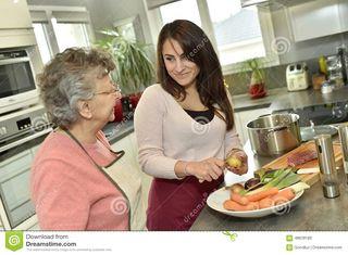 busco empleo ayudante persona mayor
