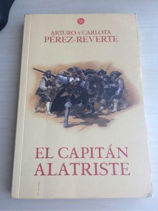 """Libro """"El Capitán Alatriste"""""""