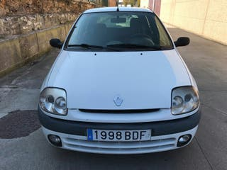 Renault Clio 1.9Diesel 70 CV 5 Puertas aiere acond