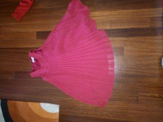 vestido rojo con mucho vuelo