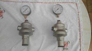 2 válvulas reductoras de presión