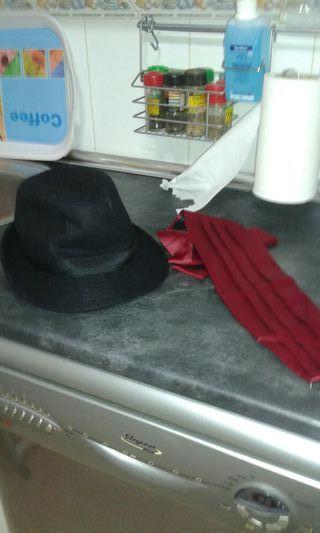 fajin sombrero y chaleco de flamenco