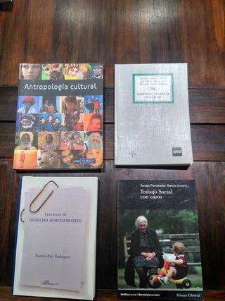 Libros segundo trabajo social UNED