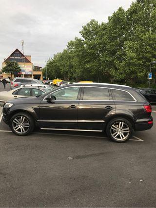 Audi Q7 venta/cambio nacional-libro