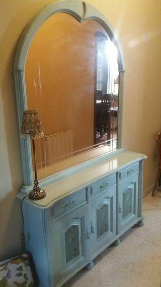 Muebles vintage y espejo de segunda mano por 65 en vigo for Wallapop lleida muebles