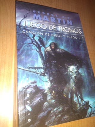 Libros juego de tronos de segunda mano en Valencia en WALLAPOP