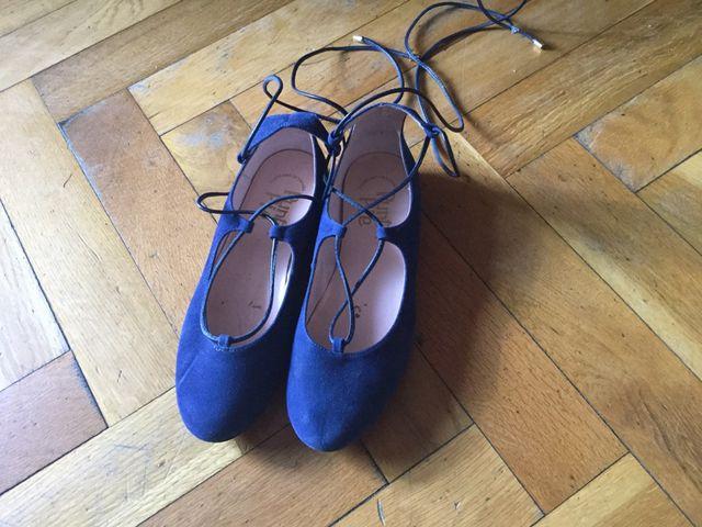 Zapatos niña/ mujer azul 36 atados
