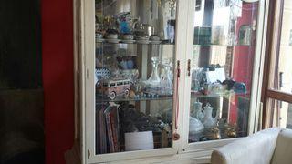 vitrina de cristal antigua restaurada