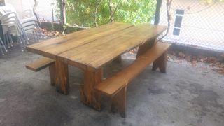 Mesa madera jardín