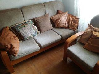 2 Sillones individuales y 1 sofá retapizado