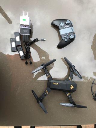 Dron con 5 baterías