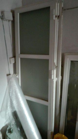 puertas de balcon de aluminio