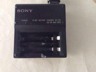 Sony (cargador pilas)