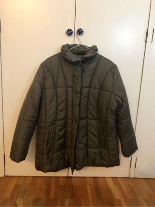 Abrigo talla 50 sin estrenar