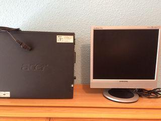 Ordenador Acer y pantalla