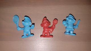 figuras dunkin monocromáticas pitufos