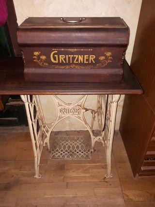 Máquina coser Gritzner. Esta en Tarragona.