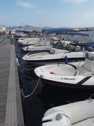 Empresa de barcas de alquiler