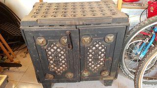 Estufa de leña y hierro colado / forjado
