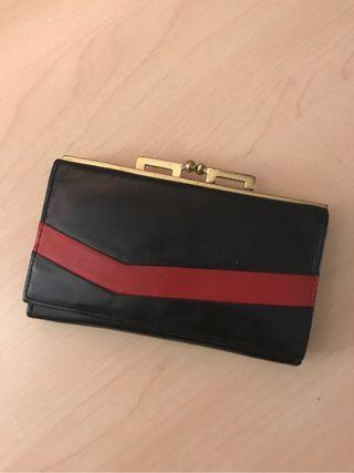 Vintage wallet / purse