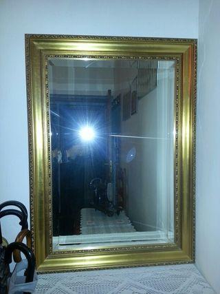 marco con espejo