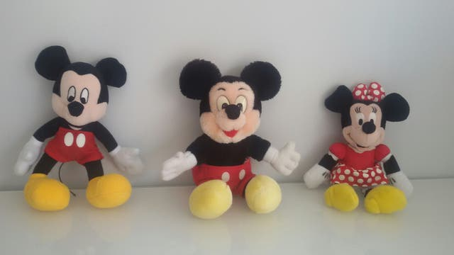 Peluches Mickey y Minie Mouse