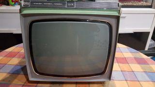 Television vintage antigua