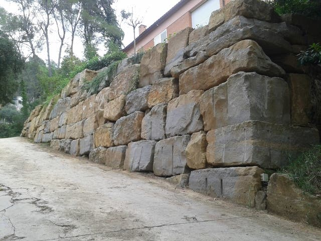 Muro Piedra Y Rocalla De Segunda Mano Por 1000 En Parets Del - Muro-piedra