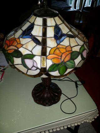 Lámpara en perfecto estado